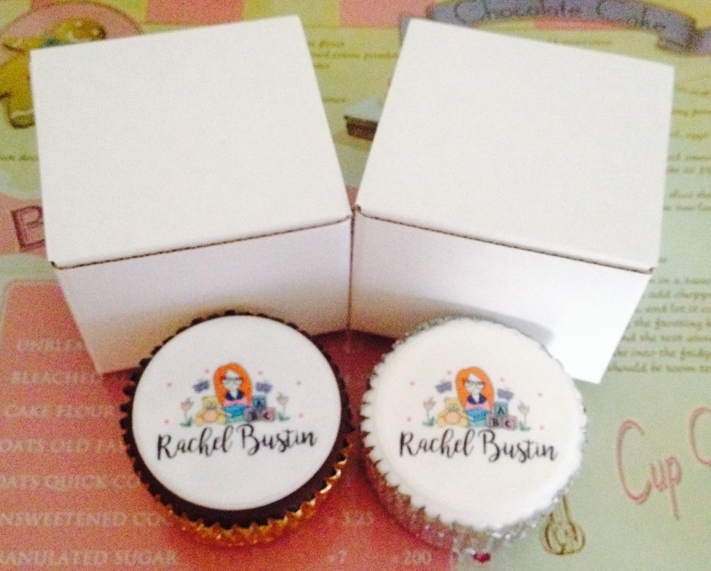 Chocolate sponge cupcake and Vanilla sponge cupcake with my blog logo on the caketoppers