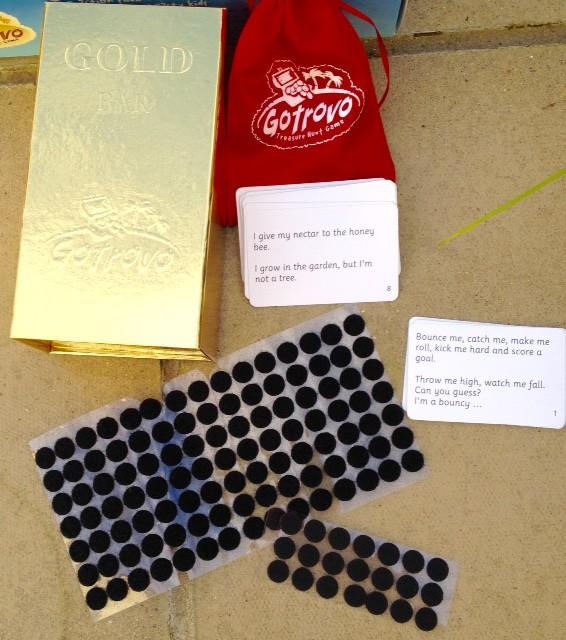 Gotrovo sticky dots - Rachel Bustin