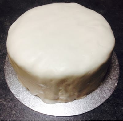 icing-covered-christmas-cake