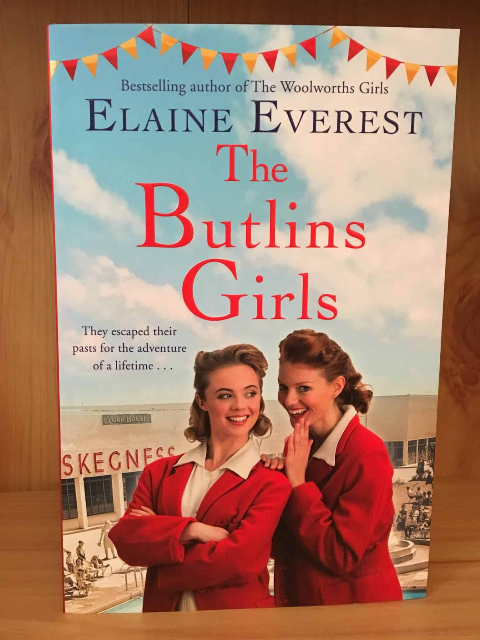The Butlins Girls by Elaine Everest review and giveaway