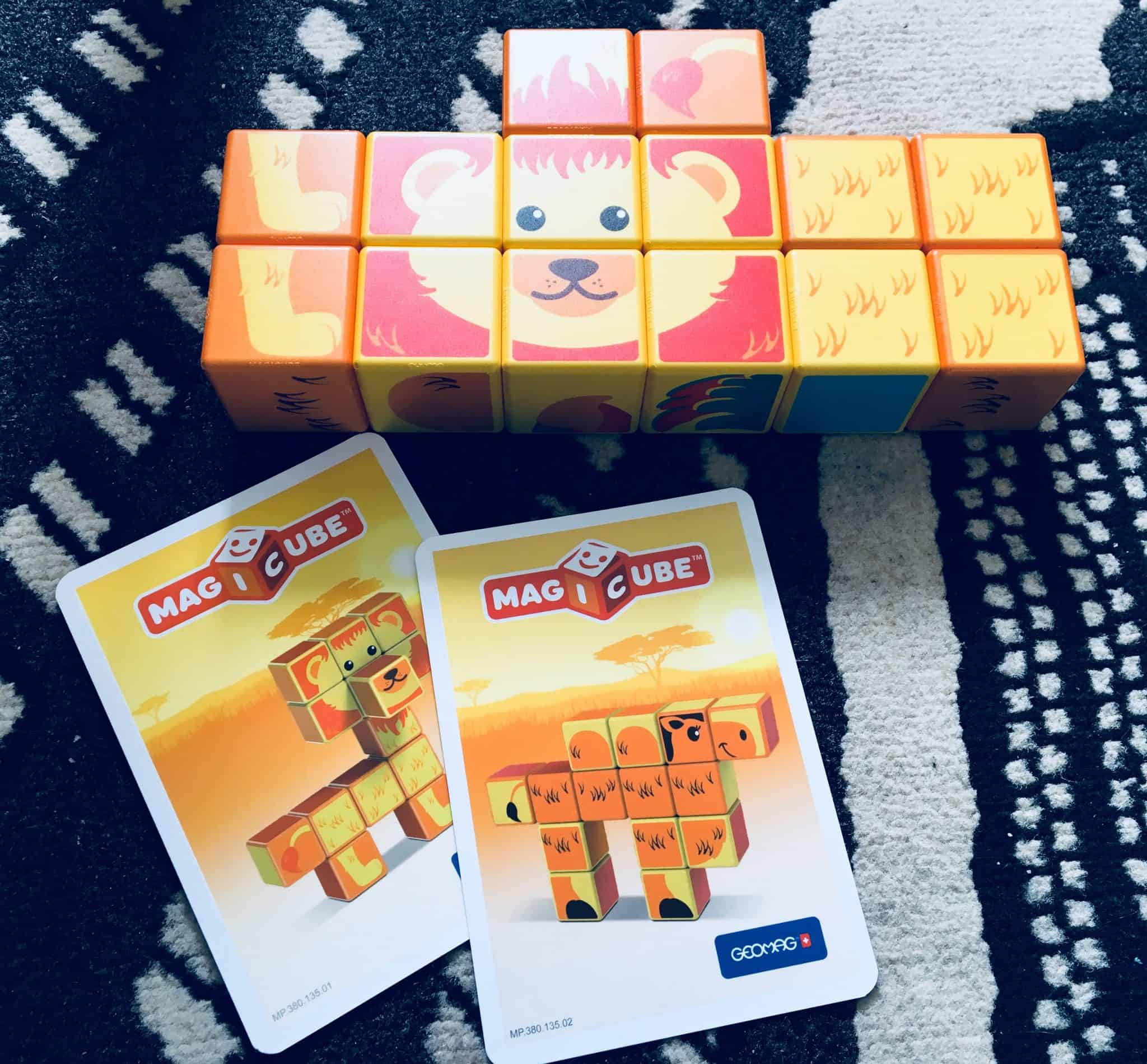 Magicube Safari Animals with 2 building cards
