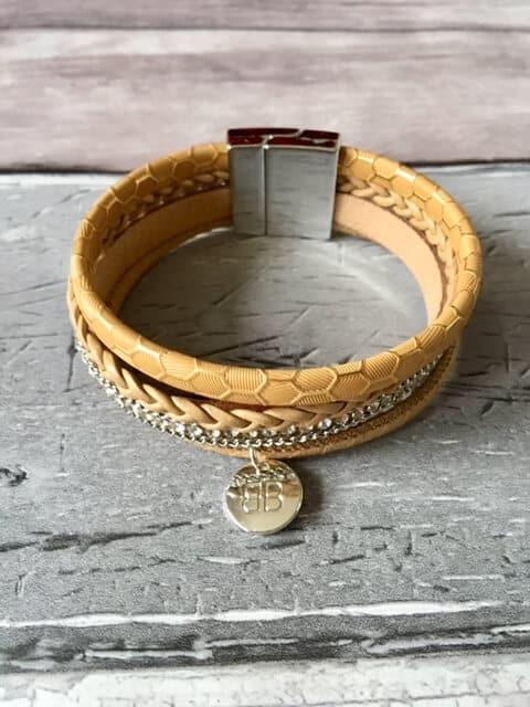 Fisher Fisher Tan Crystal Magnet Bracelet
