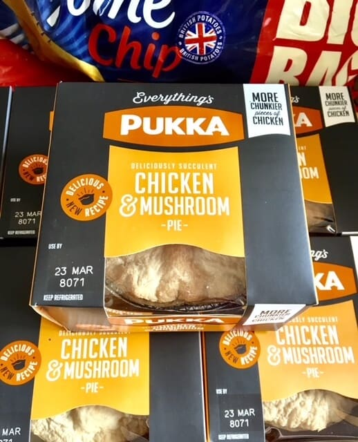 Chicken and Mushroom Pukka Pie