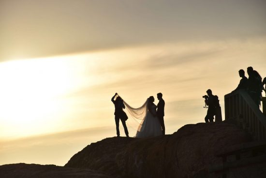 Wedding photography - smartphone or photographer?