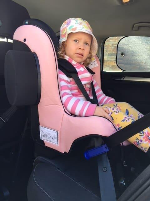 The Axkid Minikid 2.0 Rear Facing Car Seat Review