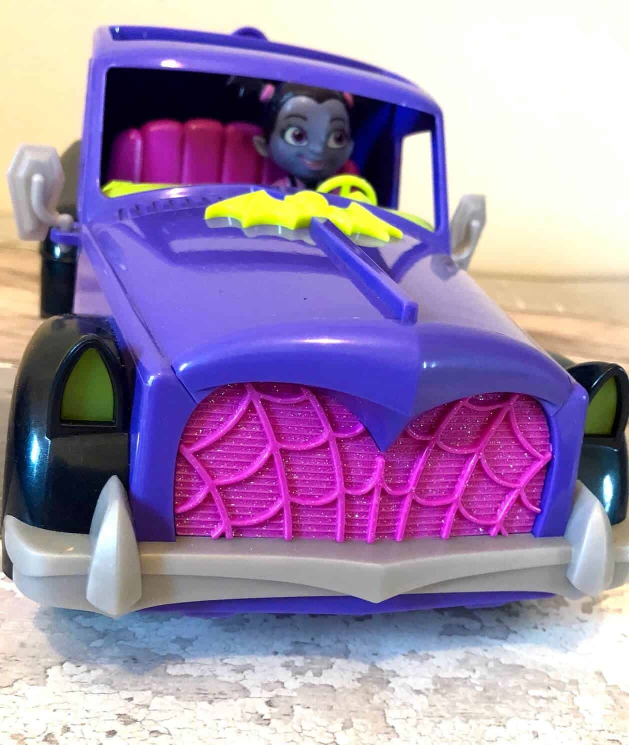 Vampirina Hauntley's Mobile Vehicle transforms into a spook-tacular drive-in cinema. .