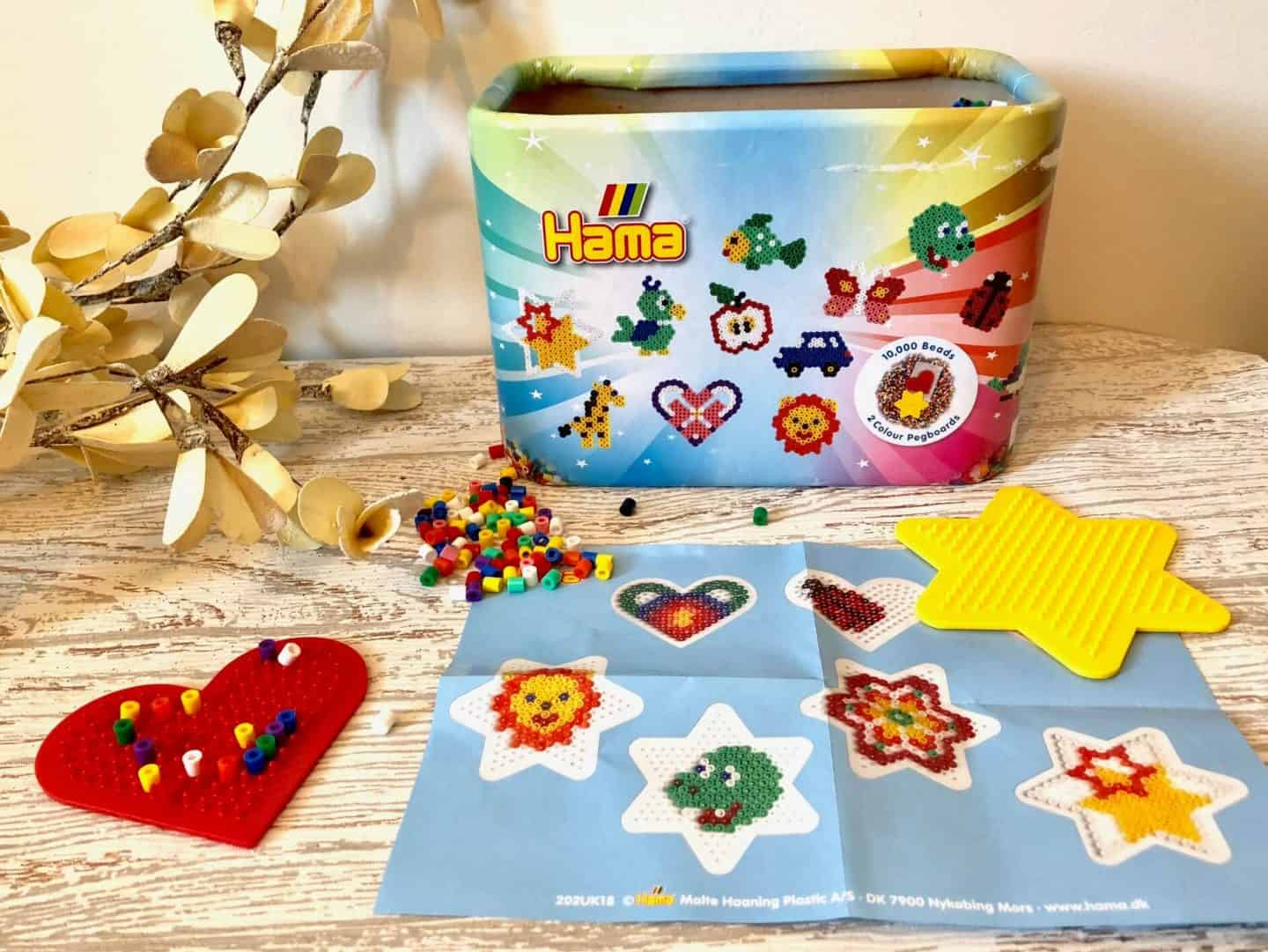 10,000 Beads & 2 Coloured Pegboards in Bucket