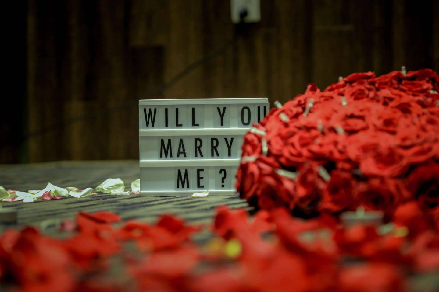 5 Essentials To Prepare Before You Propose To Your Loved One