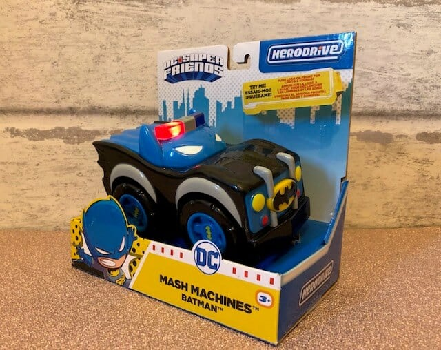 Herodrive Mash machines are mash-ups of your favourite DC super friends with rescue and urban vehicles! these adorable character cars come equipped with flashing lights and character-appropriate sounds. Push the symbol on the front grill to start the action!