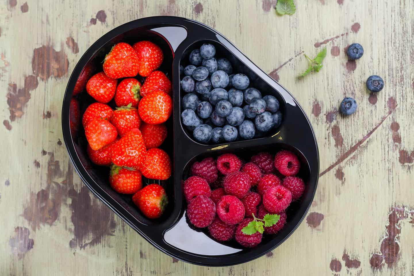 berries in container
