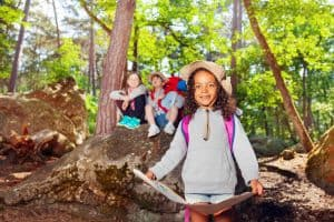 Outdoor activities for kids: ideas & tips for parents