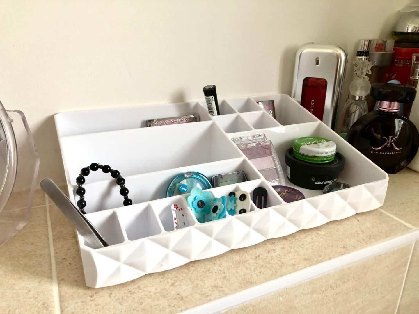 makeup and bathroom organiser