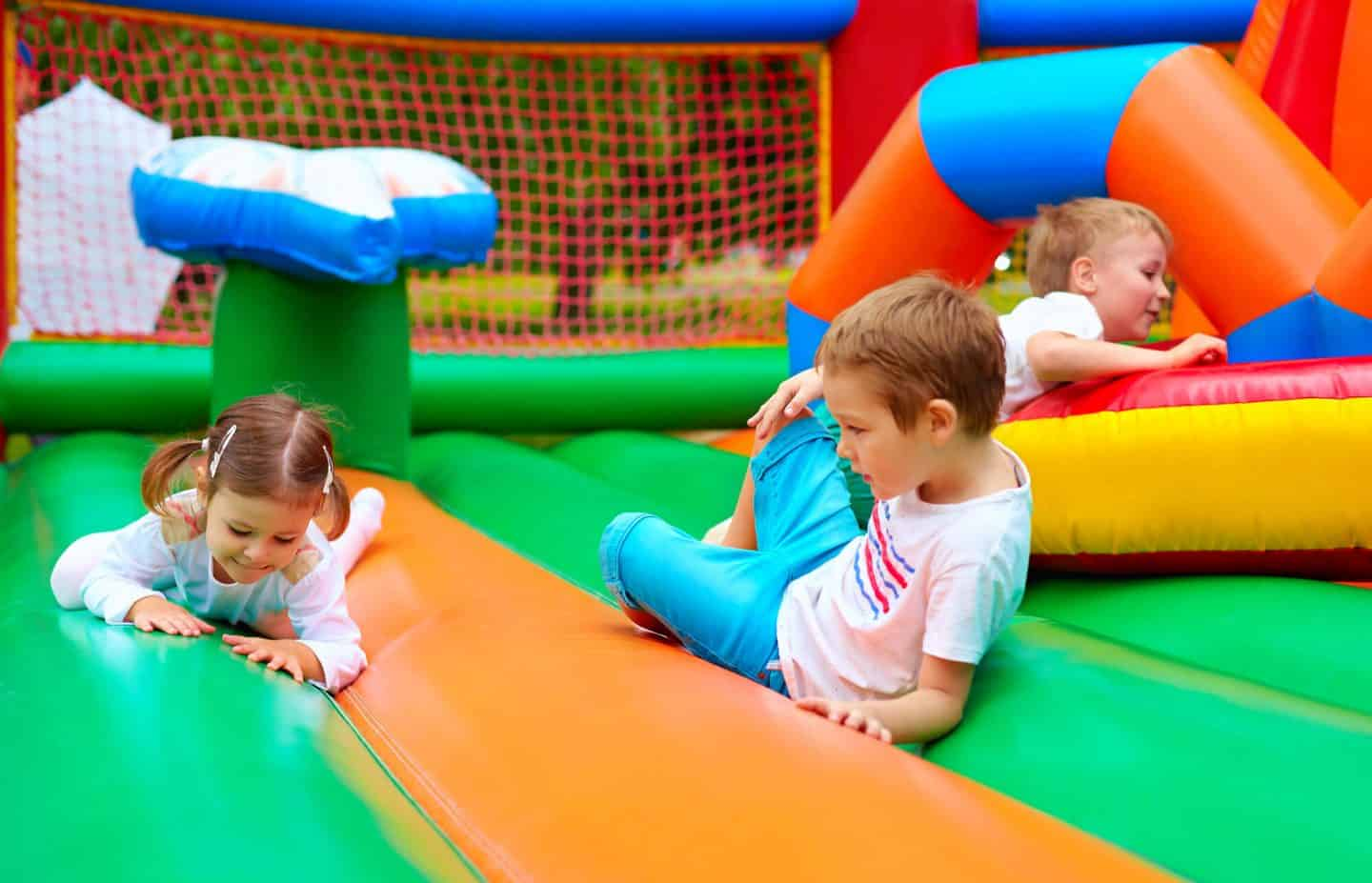 Childrens birthday party ideas - bouncy castle