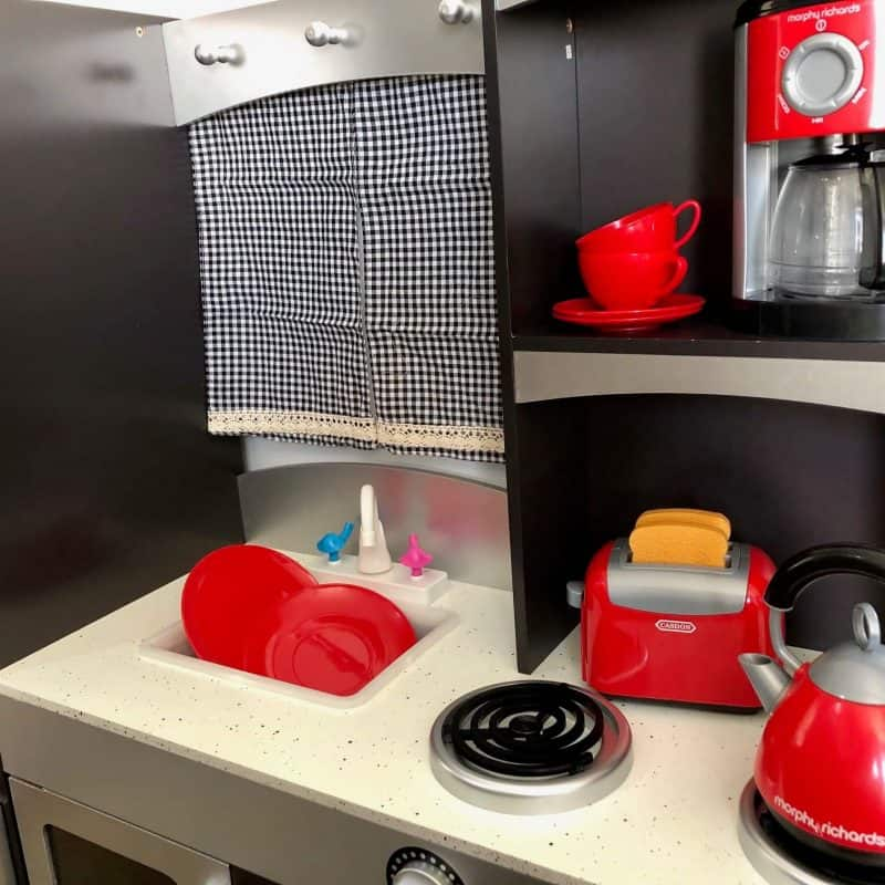 Casdon kitchen play set by Morphy Richards