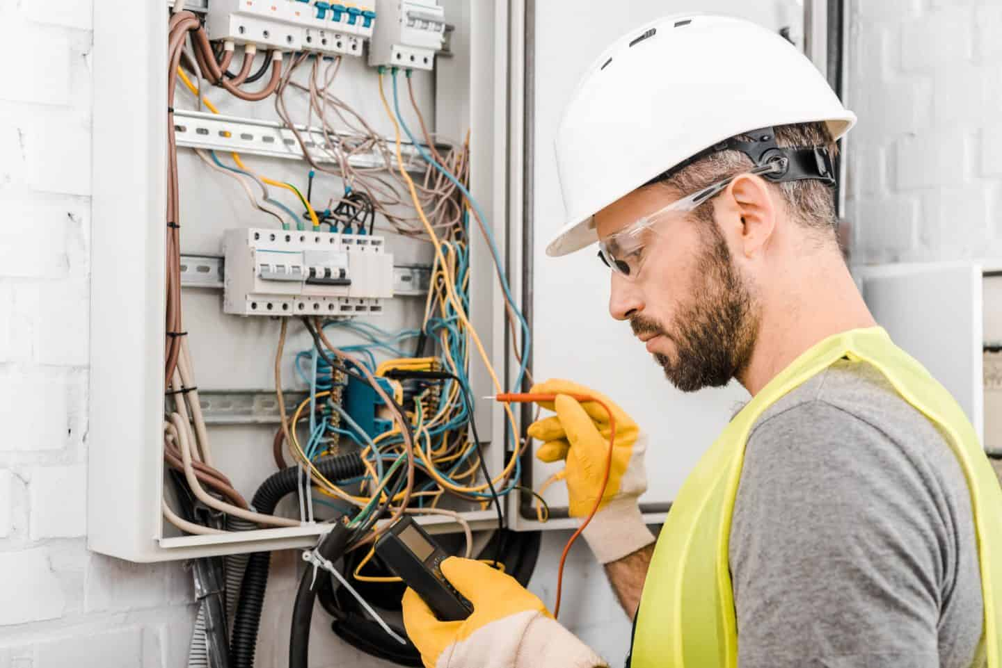 Inherent Danger: 4 Potentially Serious Injuries That Can Result from Electricity