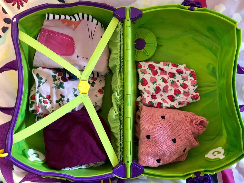 Teddy bear seat belt straps inside