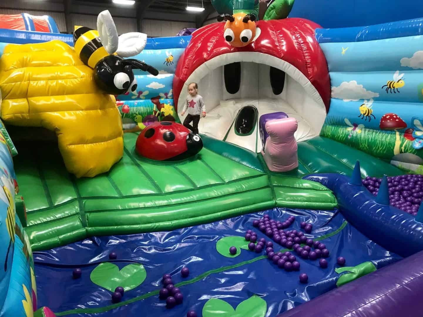 Inflatanation-inflata-tots-soft-play