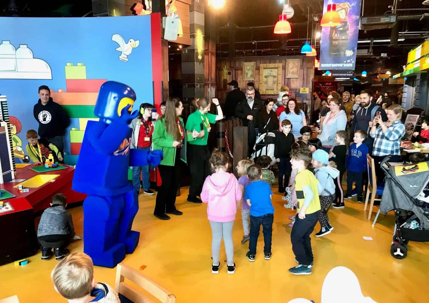 dancing-at-Legoland-discovery-centre-Manchester