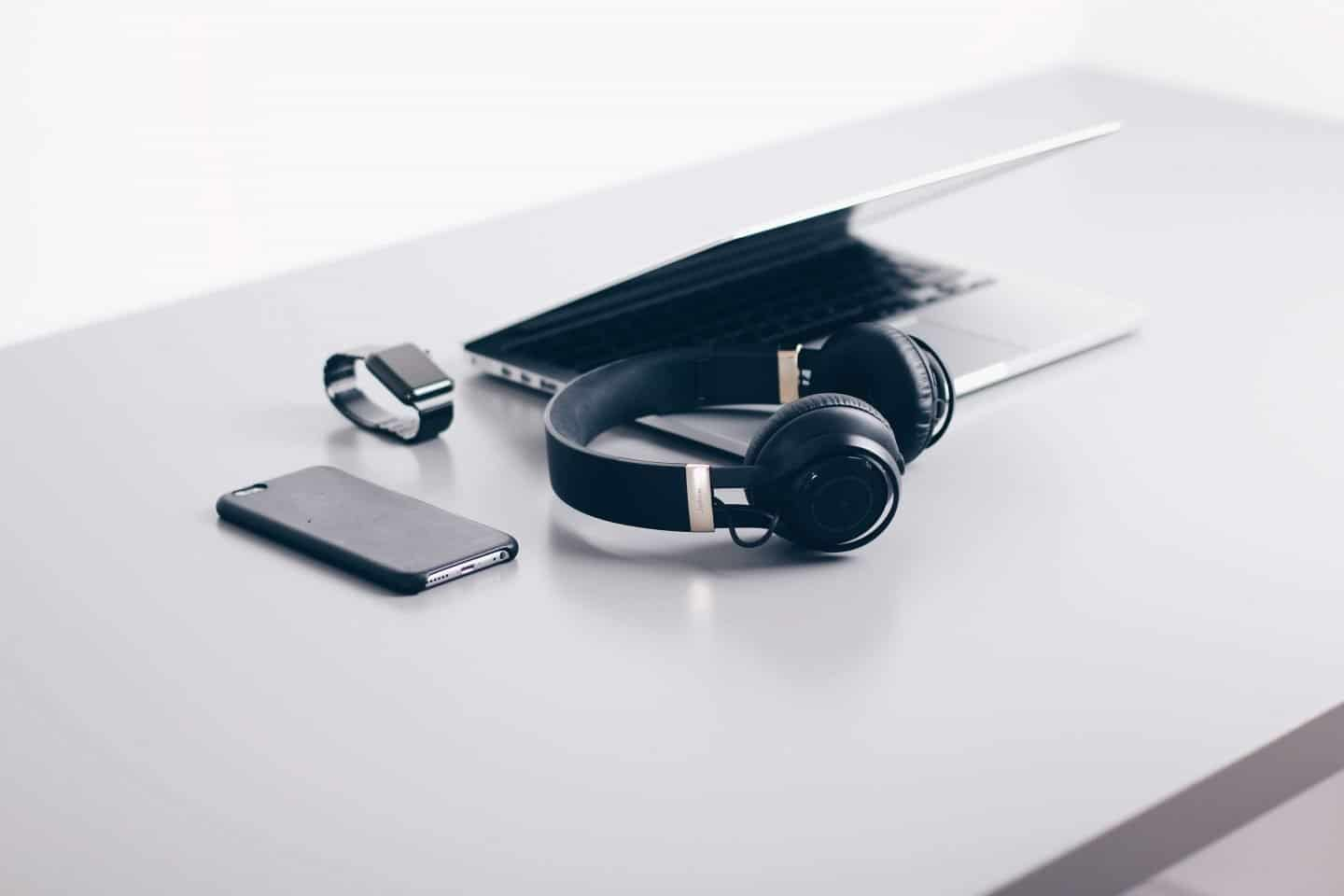 Decluttering Your House of Tech And Gadgets