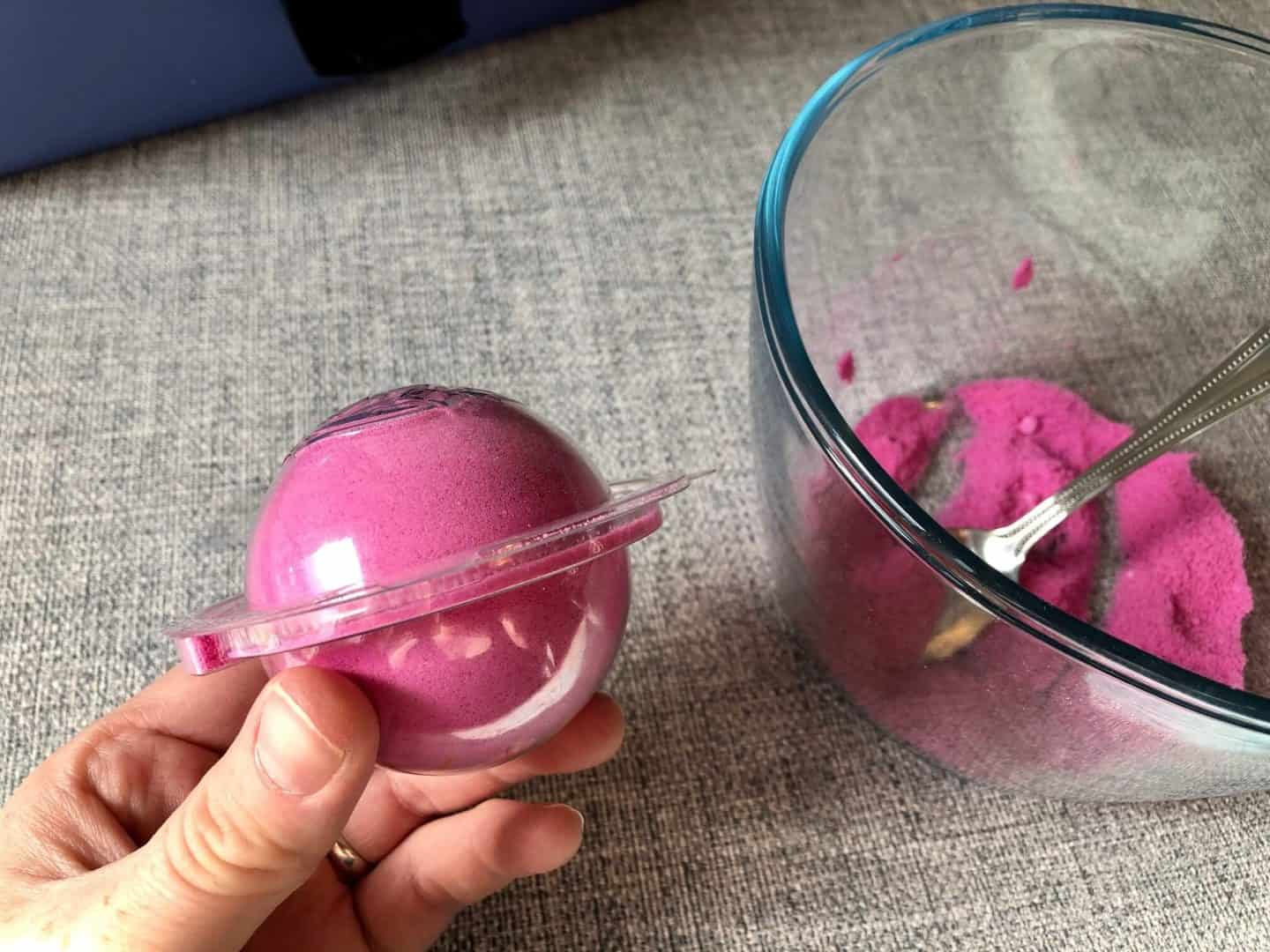 placing the two bath bomb mould halves together