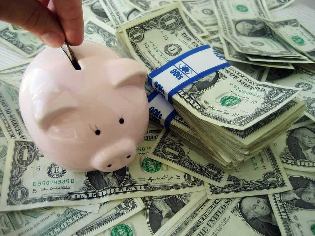 6 Top Tips to Cut Your Monthly Budget