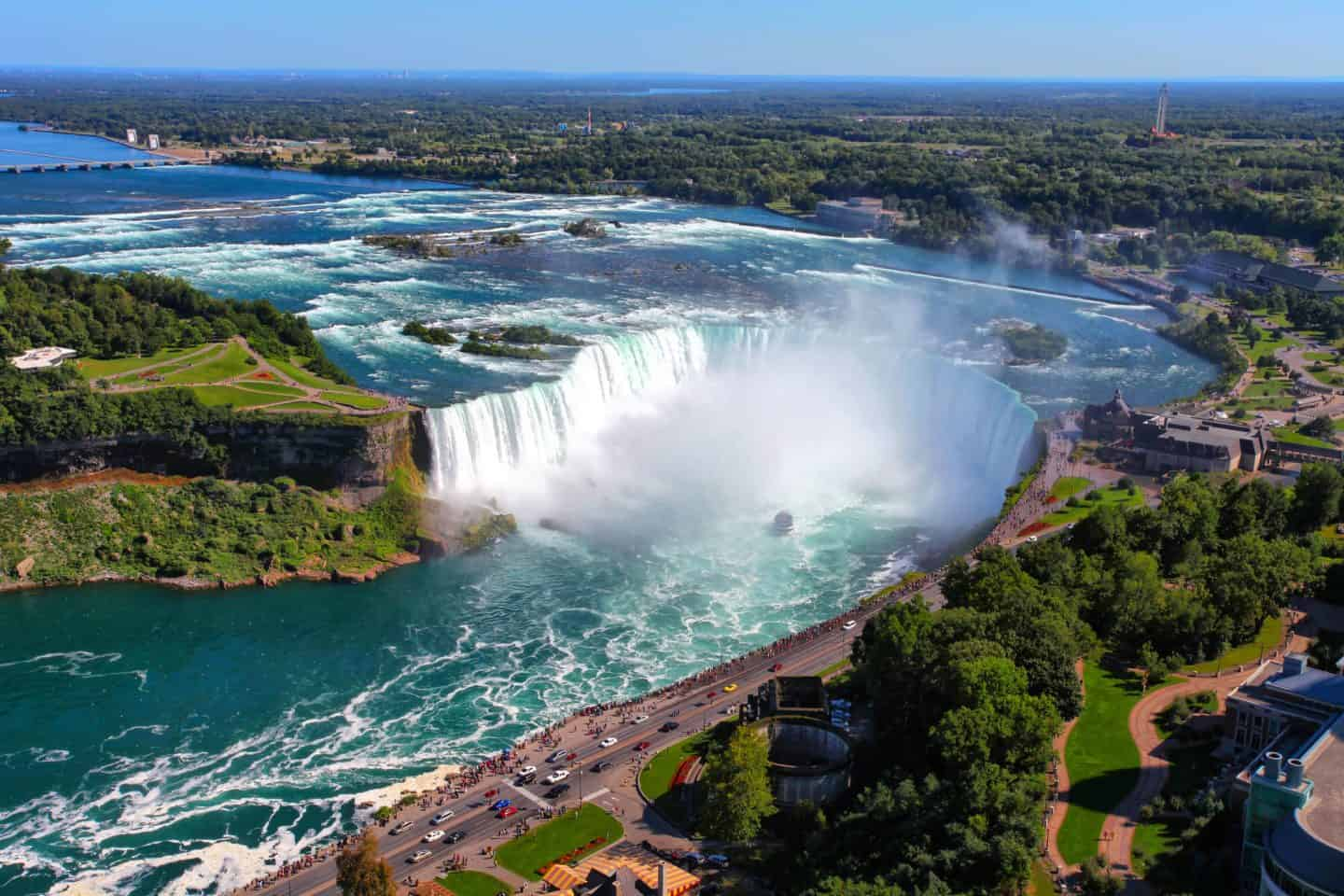 7 Must See Places To Visit In Canada - Niagara Falls