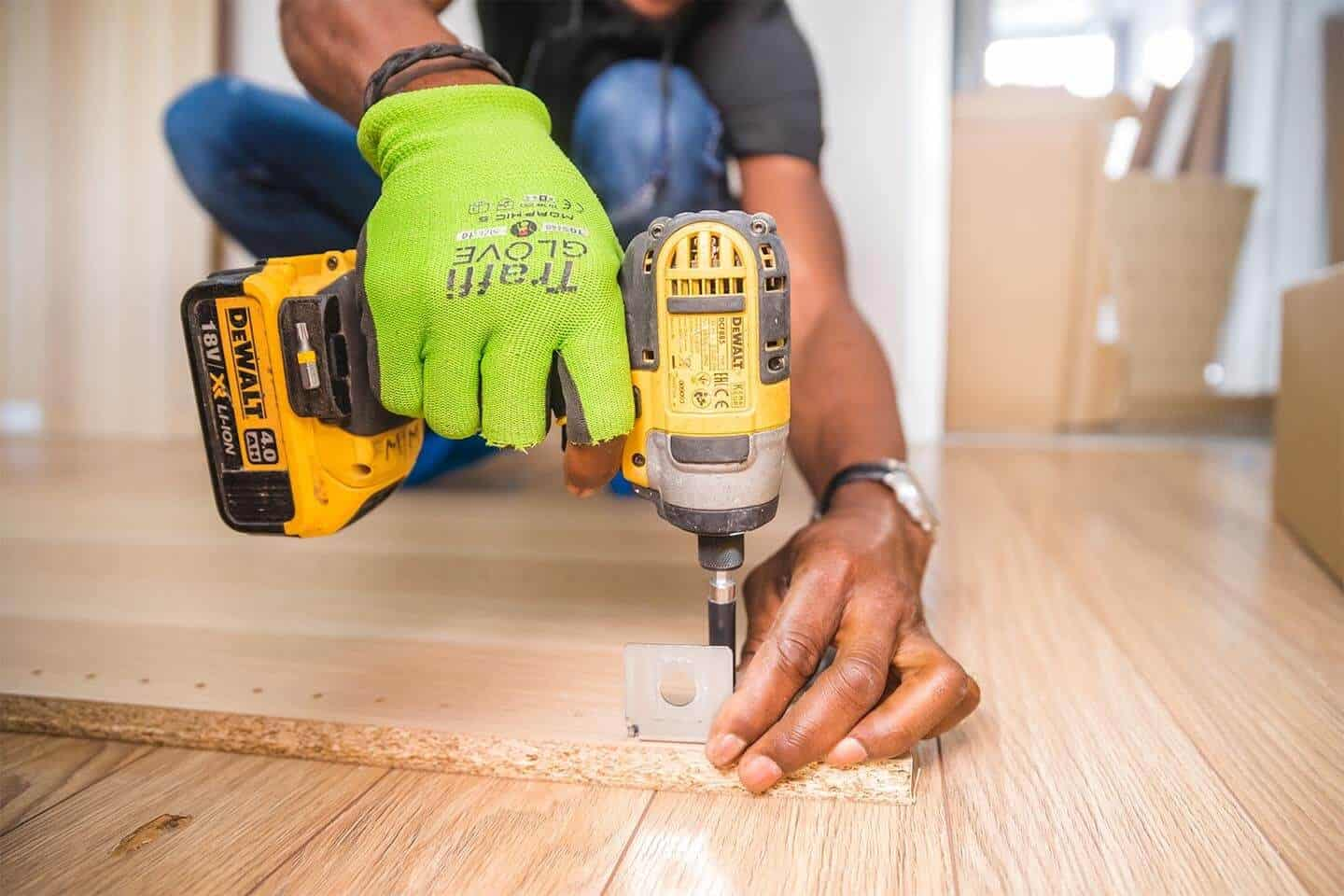 Why People Are Using a Handyman Whilst They Go On Holiday