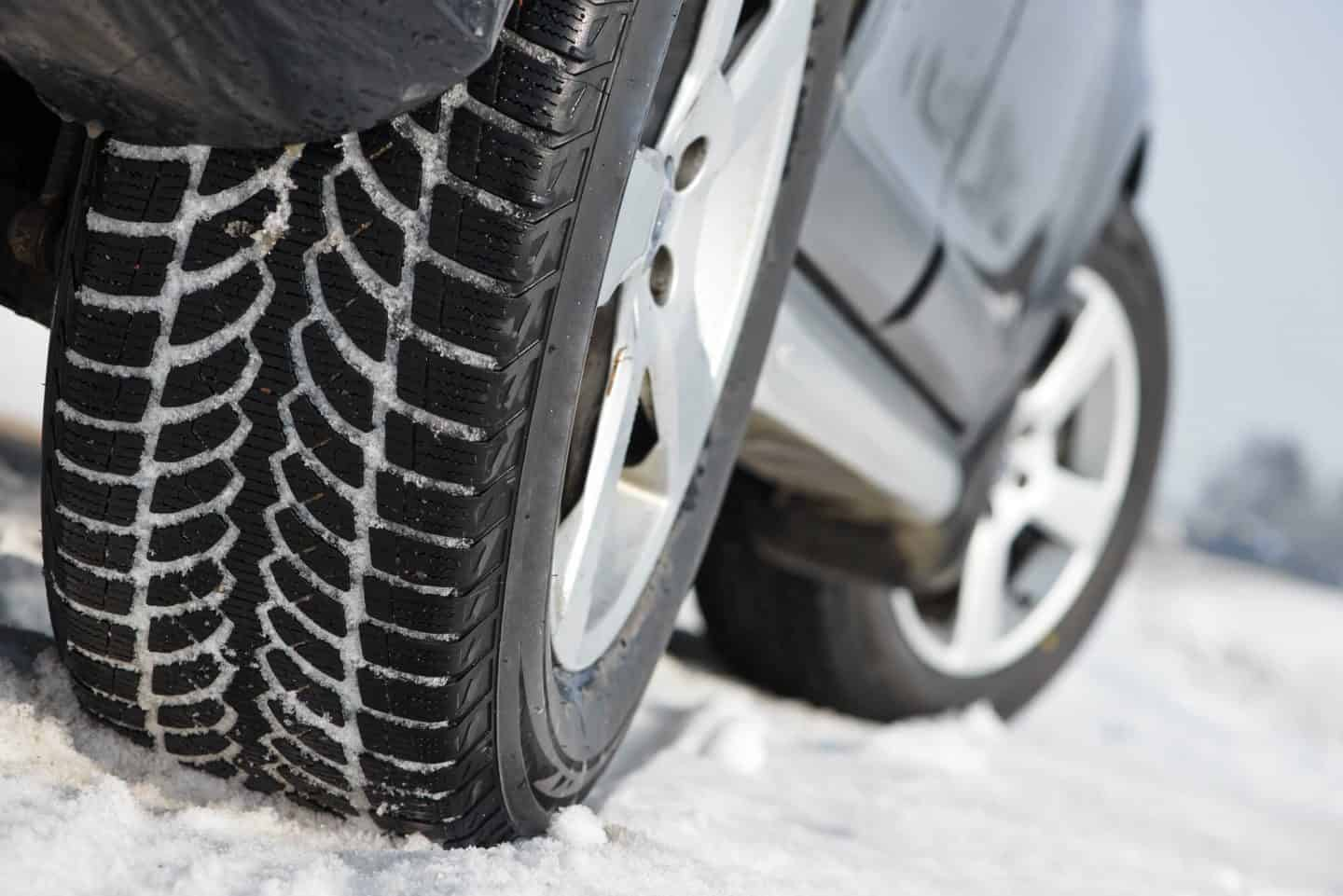 Tyre care - How To Drive Safely In England's Busy Traffic With The Right Tyre Care
