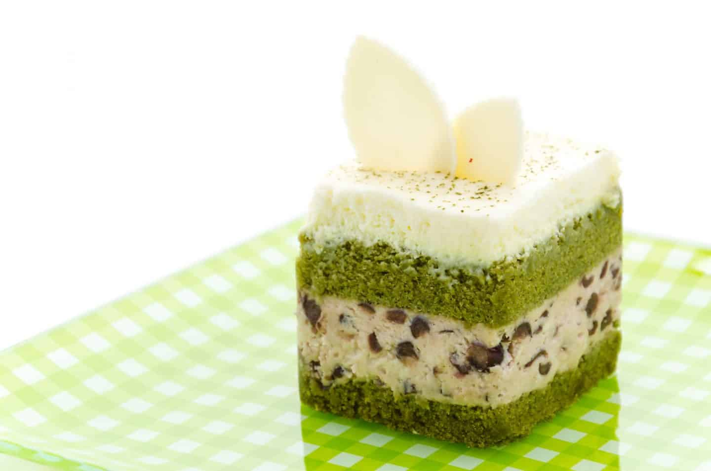 ways to enjoy matcha - matcha green tea cake