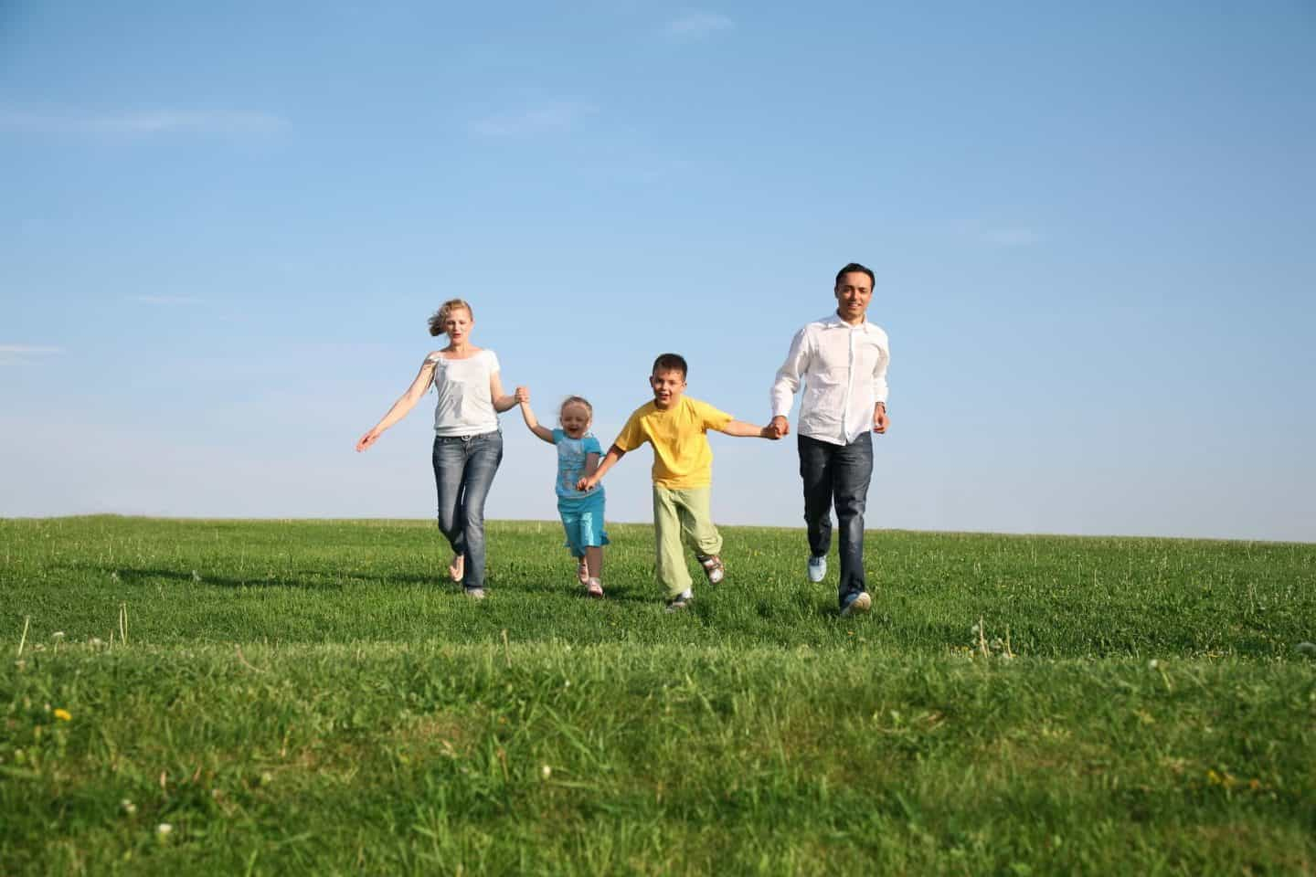How to Spend More Time Outdoors as a Family
