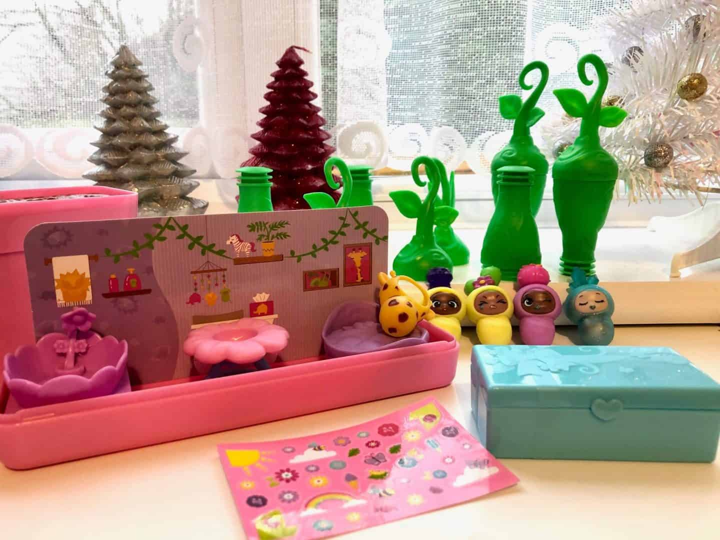 Blume Baby Pop Baby nursery and accessories
