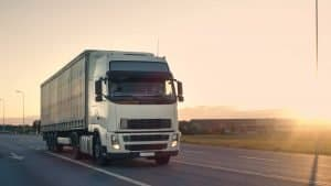 What To Consider Before Becoming A Commercial Truck Driver