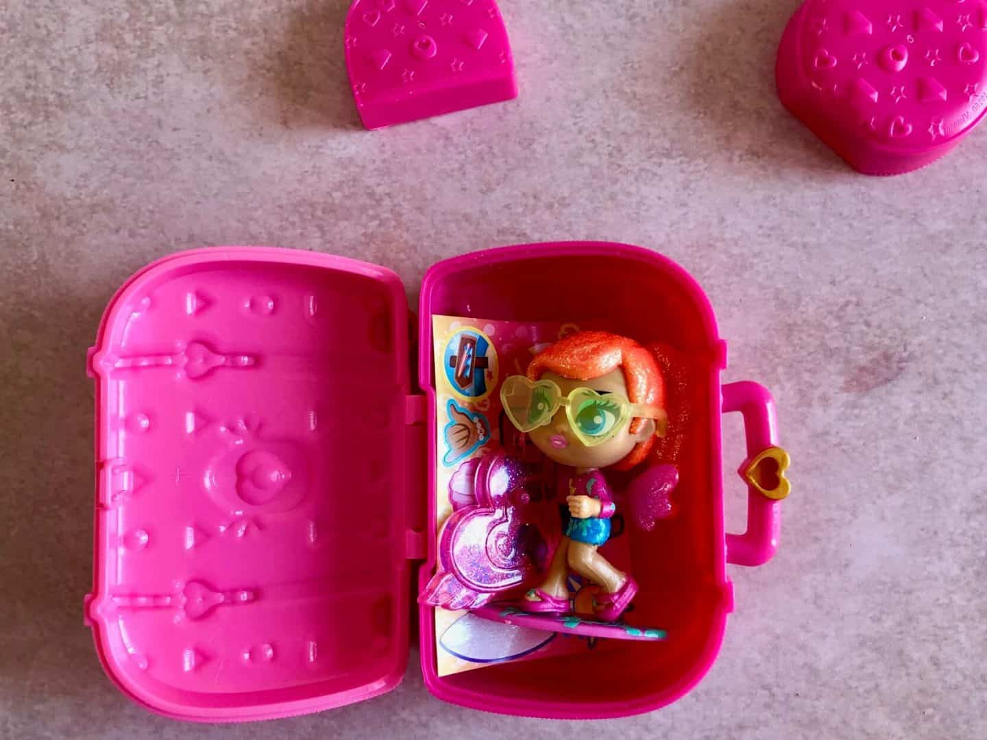 Sunshine Sara - Hatchimals Pixies Vacay Style inside suitcase