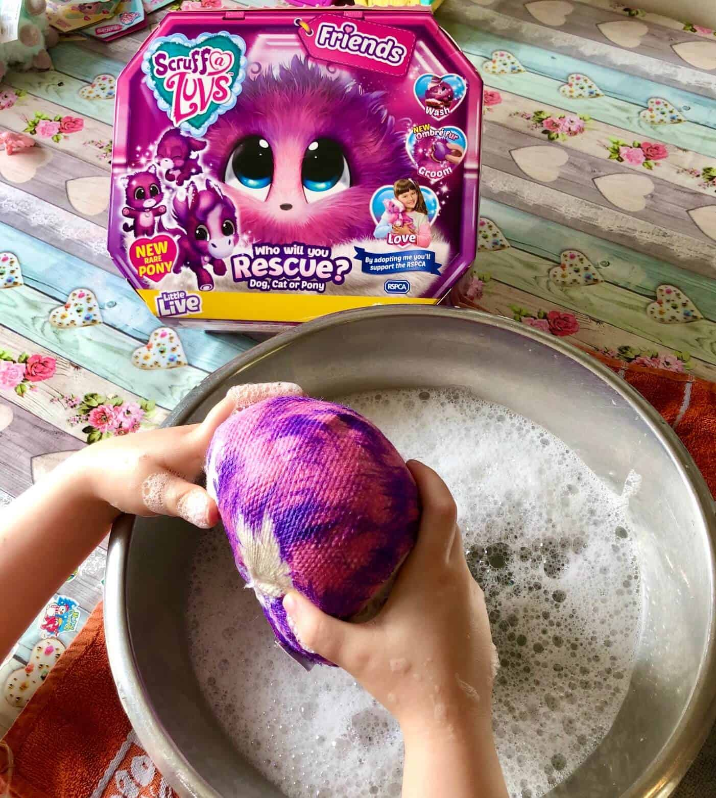 Washing a Scruff-a-Luvs