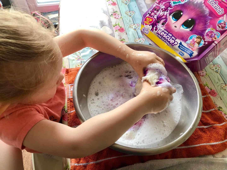 Washing a Scruff-a-Luvs  in childs bubble bath