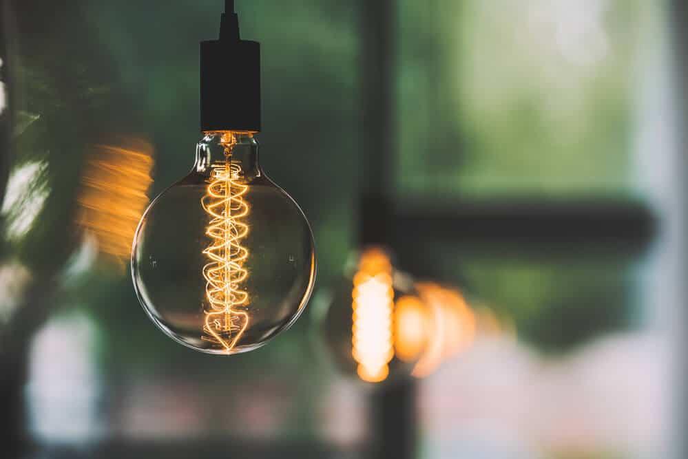 vintage lighting - filament lightbulb