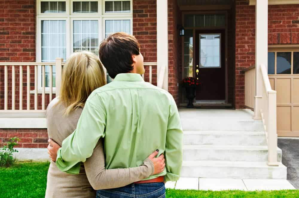 4 Financial Considerations to Know Before Purchasing a Home