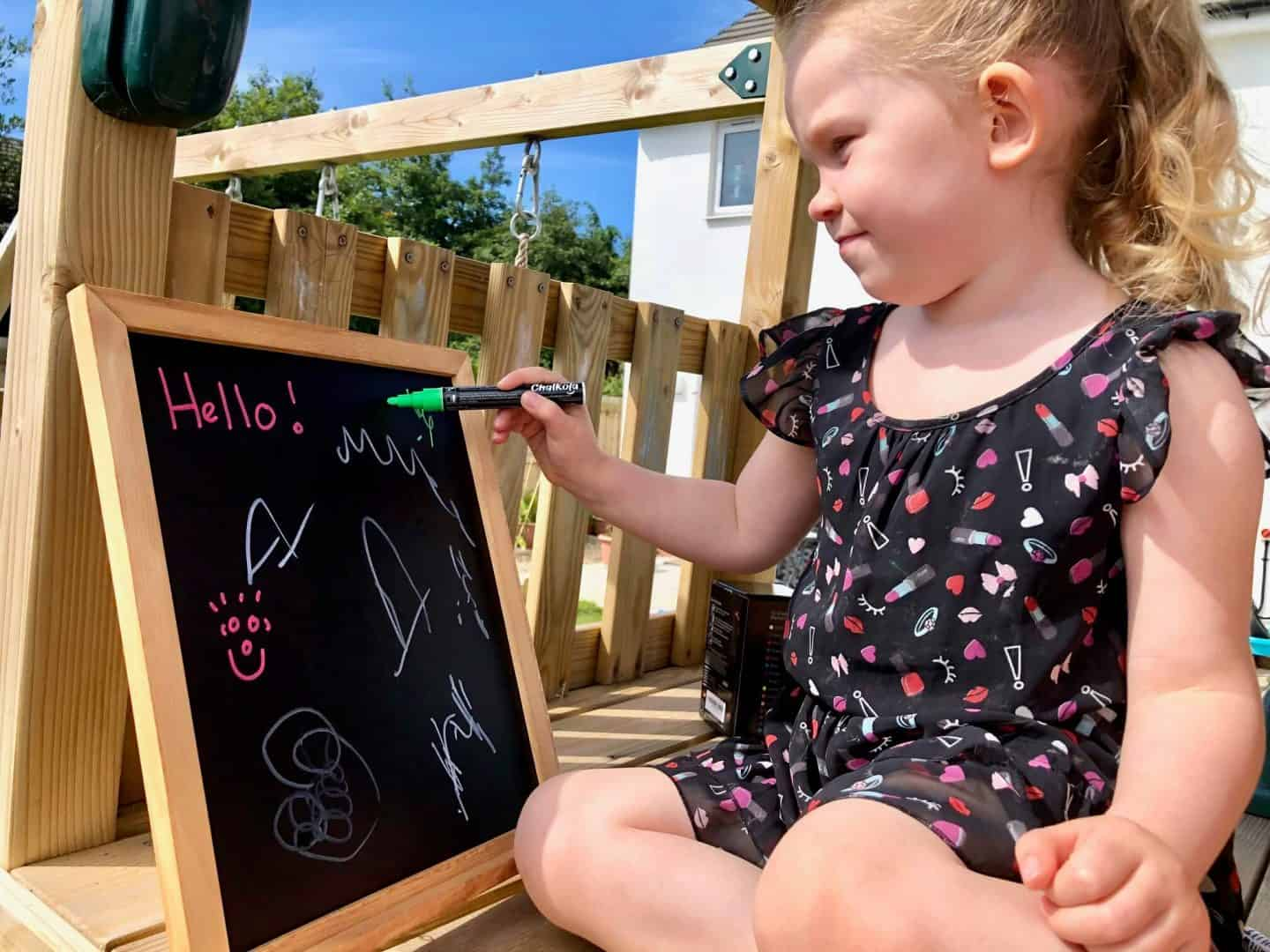 Chalkola Chalk Markers and Chalkboard Review