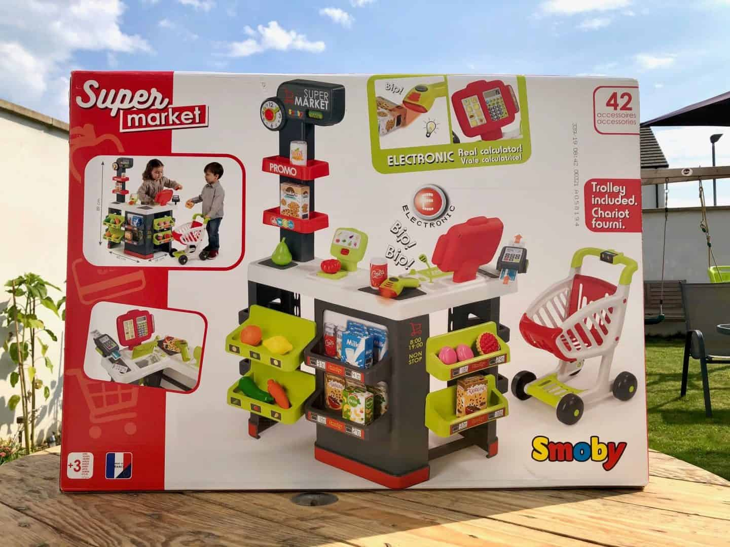 Fun Role-Playing With The SMOBY Supermarket Playset - Review