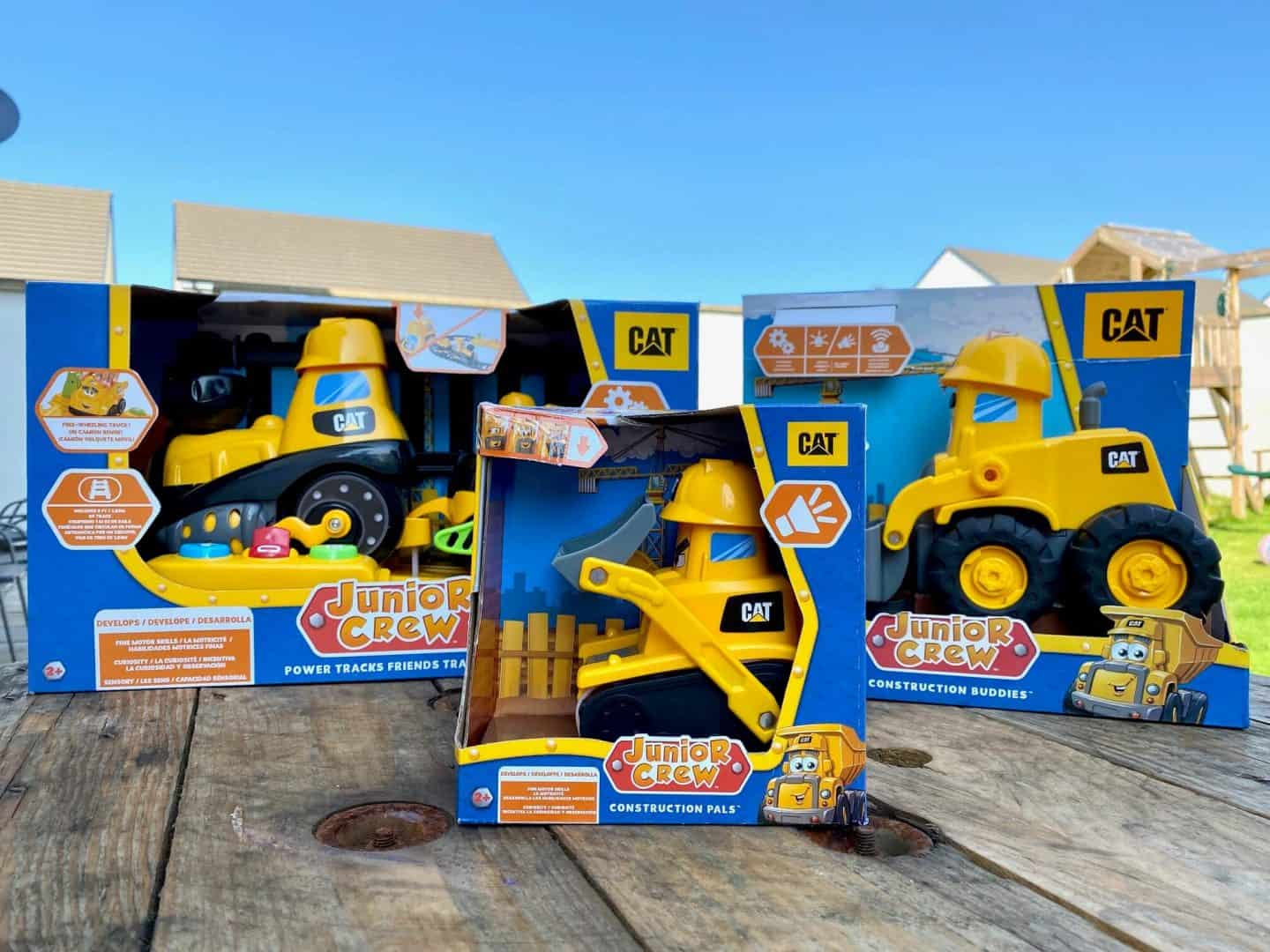 Go To Work With The Cat Junior Crew Vehicles - Review