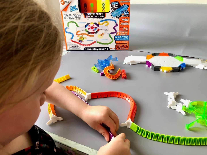 Putting the jelly walls track together  - Hexbug nano playground