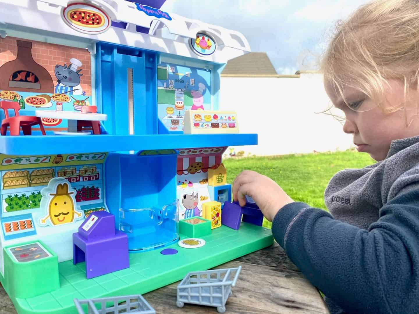Peppa's Shopping Centre playset helps with imaginative play