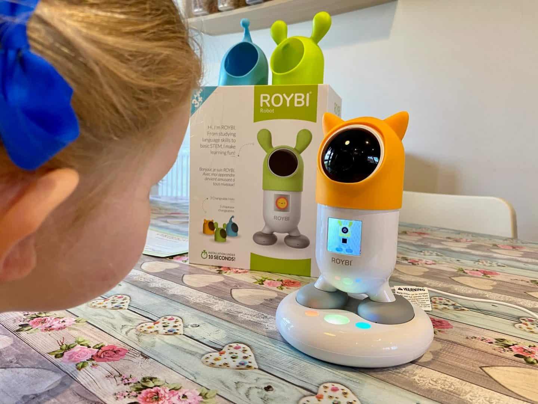 ROYBI Robot making learning fun